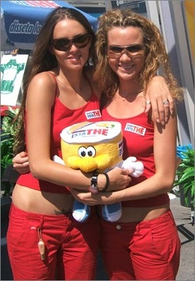 Podium_girls-24_display_image