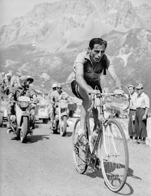 Fausto_coppi_display_image