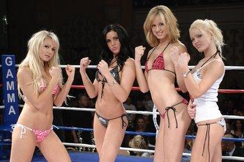 Sexy ring card girls