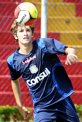 Mario-fernandes-site-do-sao-caetano-18-03-09_display_image