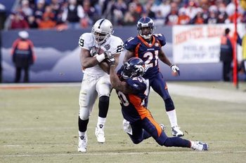 122009raidersatbroncos35--nfl_medium_540_360_display_image