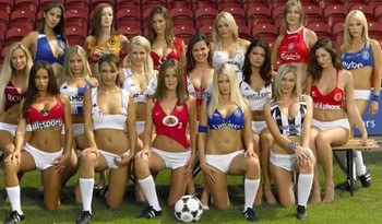 Hot-soccer-fans1-600x352_display_image