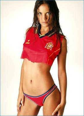 Spanishsoccerfan1_display_image