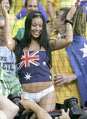 Hot-world-cup-soccer-fans-22_display_image