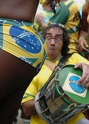 SUR AFRICA 2010 COPA MUNDIAL DE FUTBOL - Página 2 Brazillian_Soccer_Fans_display_image
