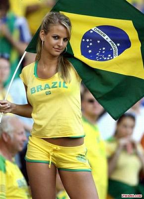 SUR AFRICA 2010 COPA MUNDIAL DE FUTBOL - Página 2 Brazilian-soccer-fan_display_image