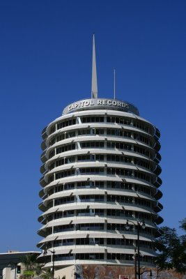 Capitolrecordsbuildingla_display_image