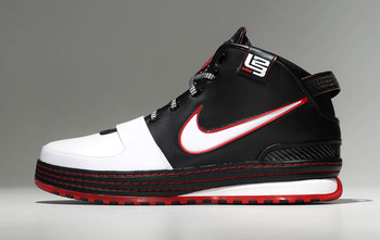 Nike-zoom-lebron-vi-released-3_display_image