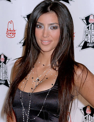 131692-kim_kardashian_picture_1_display_image