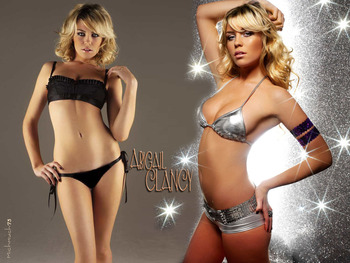 Abigail_clancy_4_display_image