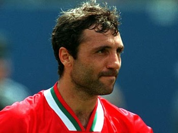 0275766001176217673-hristo-stoichkov_display_image