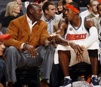 Gerald_wallace_michael_jordan_display_image