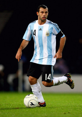 55257116-1255116175-mascherano_display_image