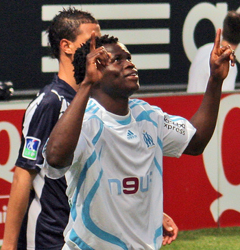 Taye-taiwo-marseile-32432_display_image