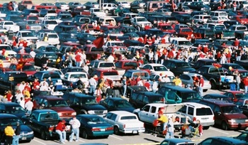 Tailgating-10-20-2006_display_image