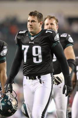 PHILADELPHIA - NOVEMBER 27:  Todd Herremans #79 of the Philadelphia Eagles walks on the field during the game against the Arizona Cardinals at Lincoln Financial Field on November 27, 2008 in Philadelphia, Pennsylvania. (Photo by: Nick Laham/Getty Images)