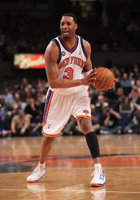 NEW YORK - MARCH 19:  Tracy McGrady #3 of the New York Knicks against the Philadelphia 76ers at Madison Square Garden on March 19, 2010 in New York City. NOTE TO USER: User expressly acknowledges and agrees that, by downloading and or using this photograp