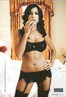 Imogen-thomas-m08_display_image
