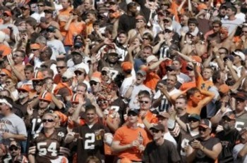 Browns-fans-300x199_display_image
