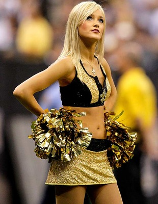 Saints-cheerleader_05__display_image
