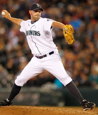 SEATTLE - JUNE 20:  Closing pitcher David Aardsma #53 of the Seattle Mariners pitches against the Cincinnati Reds on June 20, 2010 at Safeco Field in Seattle, Washington. (Photo by Otto Greule Jr/Getty Images)