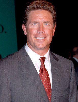 Dan-marino-picture-1_display_image