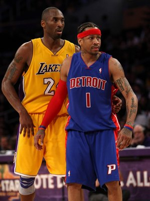 LOS ANGELES, CA - NOVEMBER 14:  Kobe Bryant #24 of the Los Angeles Lakers and Allen Iverson #1 of the Detroit Pistons get set for play on November 14, 2008 at Staples Center in Los Angeles, California. The Pistons won 106-95.   NOTE TO USER: User expressl