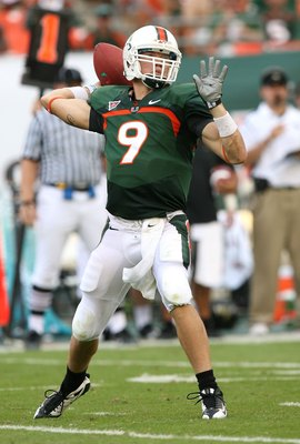 MIAMI - OCTOBER 25:  Quarterback Robert Marve #9 of the Miami Hurricanes throws a pass while taking on the Wake Forest Demon Decons at Dolphin Stadium on October 25, 2008 in Miami, Florida. Miami defeated Wake Forest 16-10.  (Photo by Doug Benc/Getty Imag