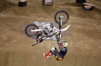 CARSON, CA - AUGUST 01:  Jeremy Stenberg competes in the Moto X Freestyle Final during X Games 15 at the Home Depot Center on August 1, 2009 in Carson, California.  (Photo by Jeff Gross/Getty Images)