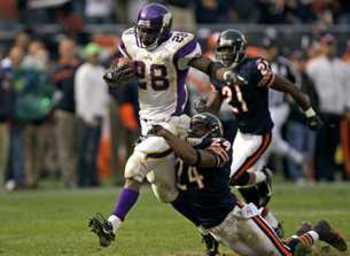 Adrian-peterson-vikings-bears_display_image