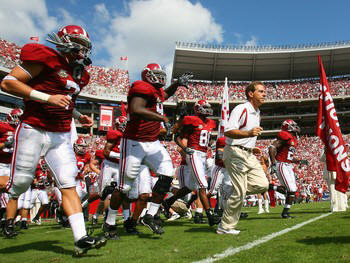 Alabama_crimson_tide_football_display_image