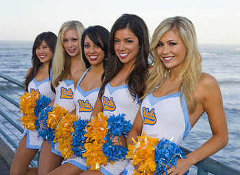 Ucla_cheerleaders_display_image