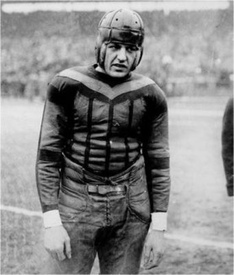 Red_grange1_display_image
