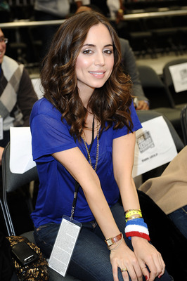 DALLAS - FEBRUARY 12:  Actress Eliza Dushku poses during the NBA All-Star celebrity game presented by Final Fantasy XIII held at the Dallas Convention Center on February 12, 2010 in Dallas, Texas.  (Photo by Jason Merritt/Getty Images)
