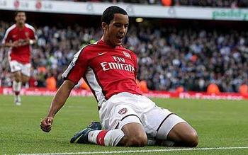 Theo_walcott_1110435c_display_image