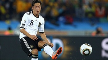 Mesut-ozil-fifa-golden-ball_display_image