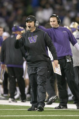 SEATTLE - DECEMBER 05:  Head coach Steve Sarkisian of the Washington Huskies yells from the sidelines during the game against the California Bears on December 5, 2009 at Husky Stadium in Seattle, Washington. The Huskies defeated the Bears 42-10. (Photo by