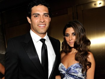 Jamie-lynn-sigler-mark-sanchez-tonys_display_image