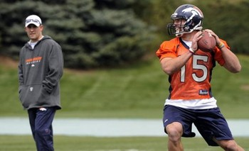 Tim-tebow-denver-broncos-minicamp1-575x350_display_image