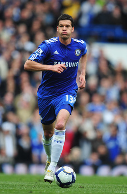 LONDON, ENGLAND - MAY 09:  Michael Ballack of Chelsea in action during the Barclays Premier League match between Chelsea and Wigan Athletic at Stamford Bridge on May 9, 2010 in London, England.  (Photo by Clive Mason/Getty Images)