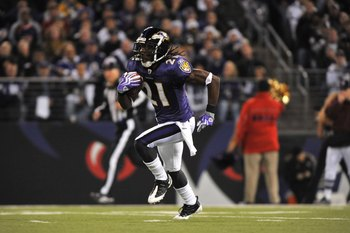 BALTIMORE - NOVEMBER 29:  Lardarius Webb #21 of the Baltimore Ravens returns a kickoff against the Pittsburgh Steelers at M&amp;T Bank Stadium on November 29, 2009 in Baltimore, Maryland. The Ravens defeated the Steelers 20-17. (Photo by Larry French/Getty Im