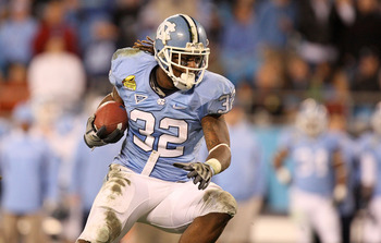 CHARLOTTE, NC - DECEMBER 26:  Ryan Houston #32 of the North Carolina Tar Heels runs with the ball against the Pittsburgh Panthers during their game on December 26, 2009 in Charlotte, North Carolina.  (Photo by Streeter Lecka/Getty Images)