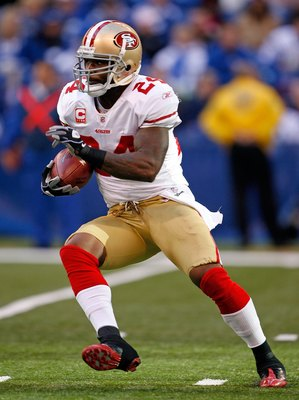 INDIANAPOLIS - NOVEMBER 01: Michael Robinson #24 of the San Francisco 49ers runs with the ball during the NFL game against  the Indianapolis Colts  at Lucas Oil Stadium on November 1, 2009 in Indianapolis, Indiana. The Colts won 18-14.  (Photo by Andy Lyo