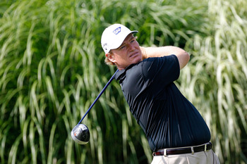 AKRON, OH - AUGUST 05:  Ernie Els of South Africa plays his tee shot on the 16th hole during the first round of the World Golf Championships - Bridgestone Invitational on the South Course at Firestone Country Club on August 5, 2010 in Akron, Ohio.  (Photo