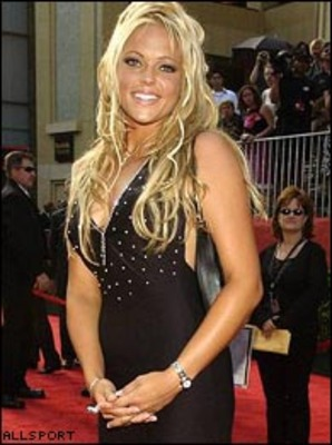 Jennie_finch_dress_display_image