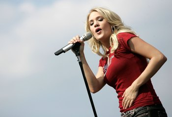 2. Carrie Underwood
