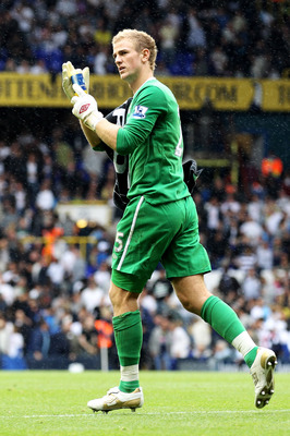 LONDON, ENGLAND - AUGUST 14:  Joe Hart of Manchester City applaudes the fans after the Barclays Premier League match between Tottenham Hotspur and Manchester City at White Hart Lane on August 14, 2010 in London, England.  (Photo by Phil Cole/Getty Images)