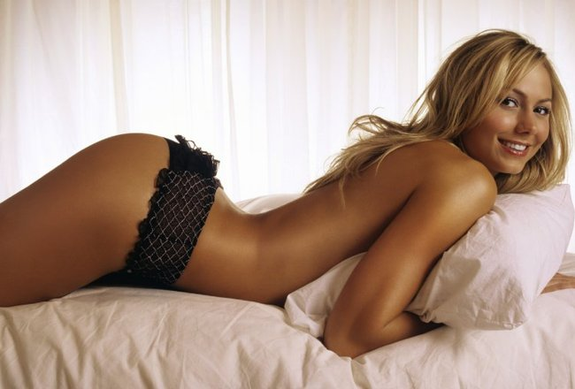 Stacy_keibler_lingerie_crop_650x440