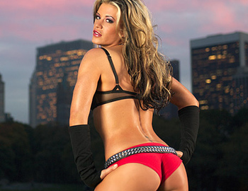 8ashleymassaro_display_image