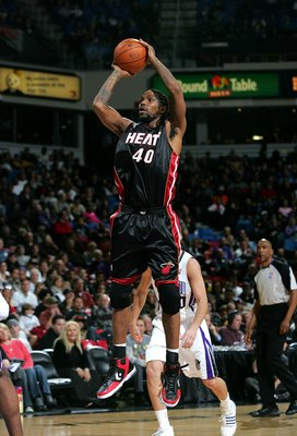 SACRAMENTO, CA - DECEMBER 06:  Udonis Haslem #40 of the Miami Heat in action during their game against the Sacramento Kings at ARCO Arena on December 6, 2009 in Sacramento, California.  NOTE TO USER: User expressly acknowledges and agrees that, by downloa